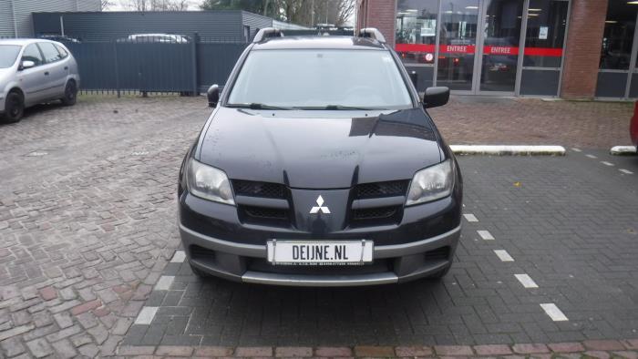 Mitsubishi Outlander (CU) 2.0 16V 4x2