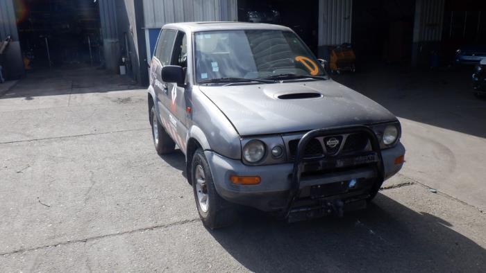 Nissan Terrano II 93-