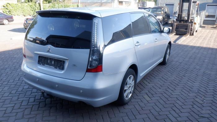 Mitsubishi Grandis (NA) 2.4 16V MIVEC