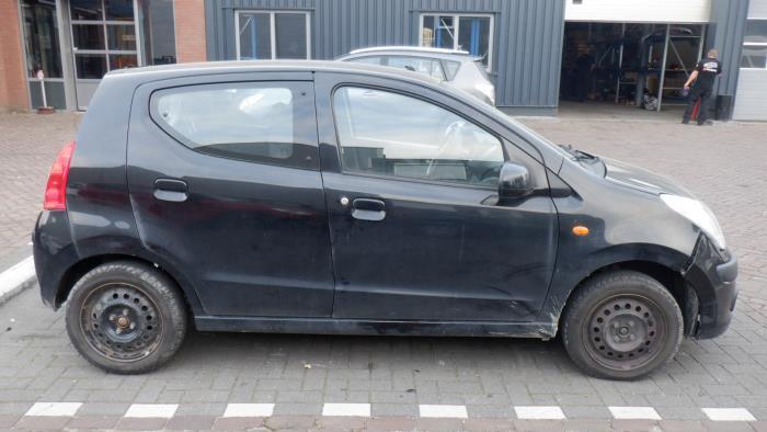 Nissan Pixo 09-