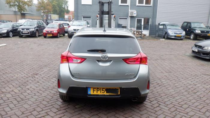 Toyota Auris 13-