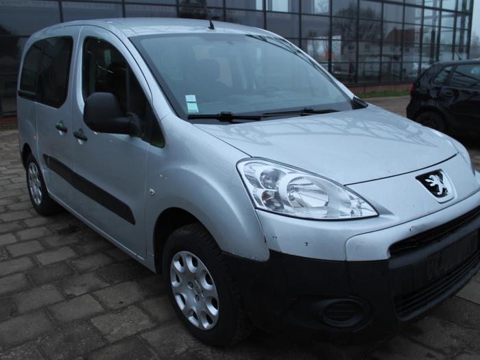 Fusee houder links-voor - Peugeot Partner