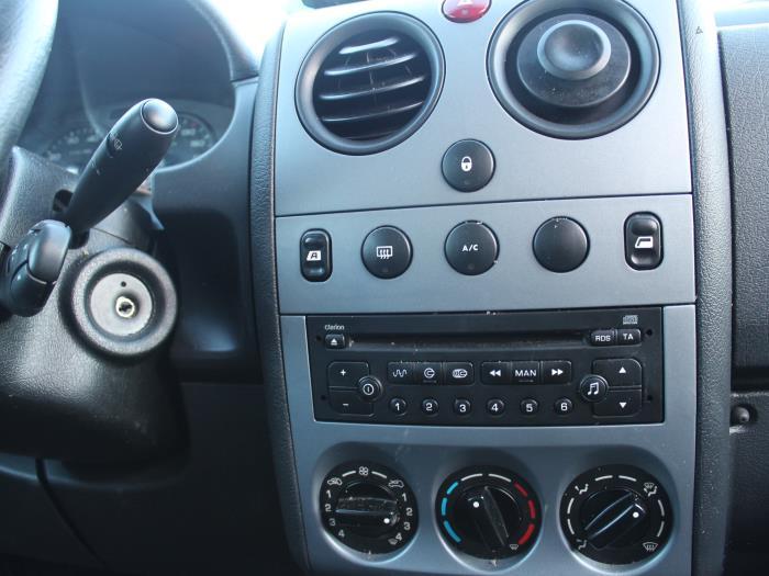 Veiligheidsgordel Insteek links-voor - Peugeot Partner
