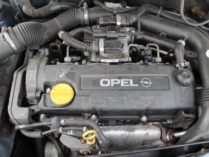 Portier 4Deurs rechts-voor - Opel Corsa