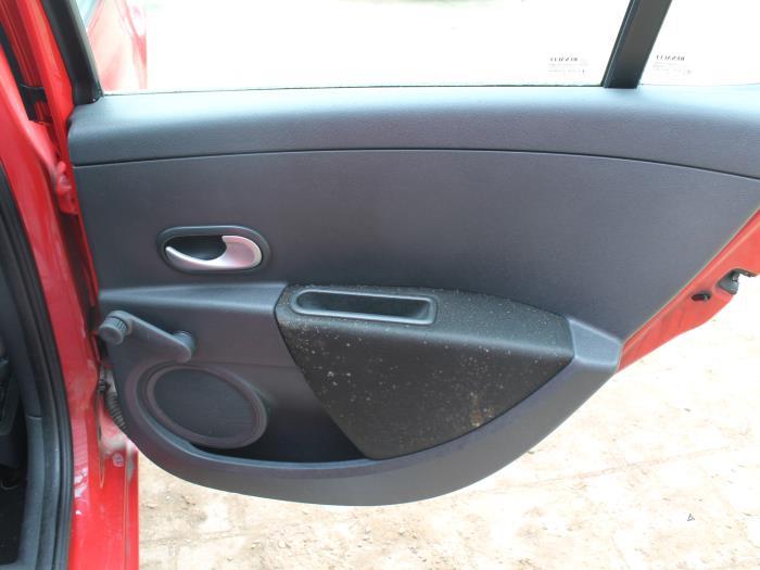 Veiligheidsgordel midden-achter - Renault Clio