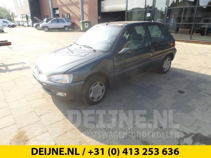 Achteras voorwielaandrijving - Peugeot 106