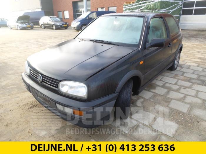 Ruitenwissermotor voor - Volkswagen Golf