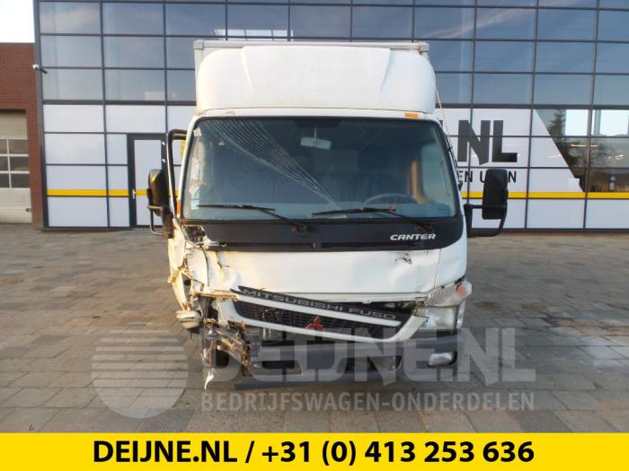 Vooras (compleet) - Mitsubishi Canter