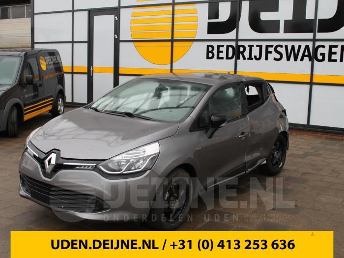 Kaartlezer (slot) - Renault Clio