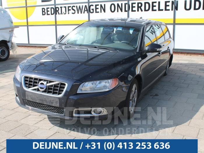 Bumperframe voor - Volvo V70
