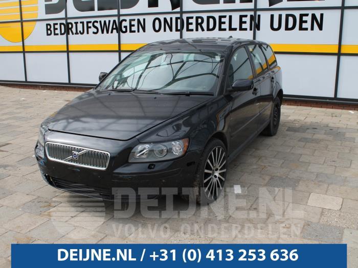 Tussenbak 4x4 - Volvo V50