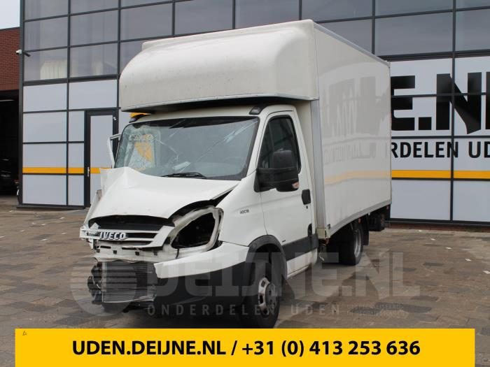 Driehoeks Ruit links-voor - Iveco New Daily