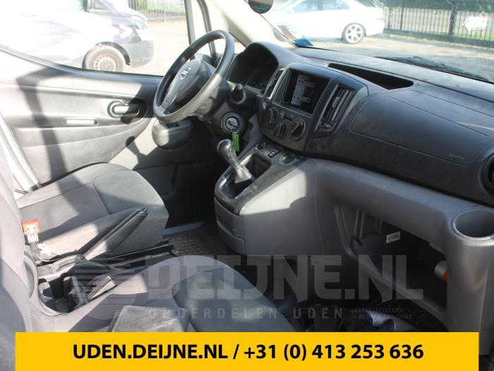 Nissan NV200 10-