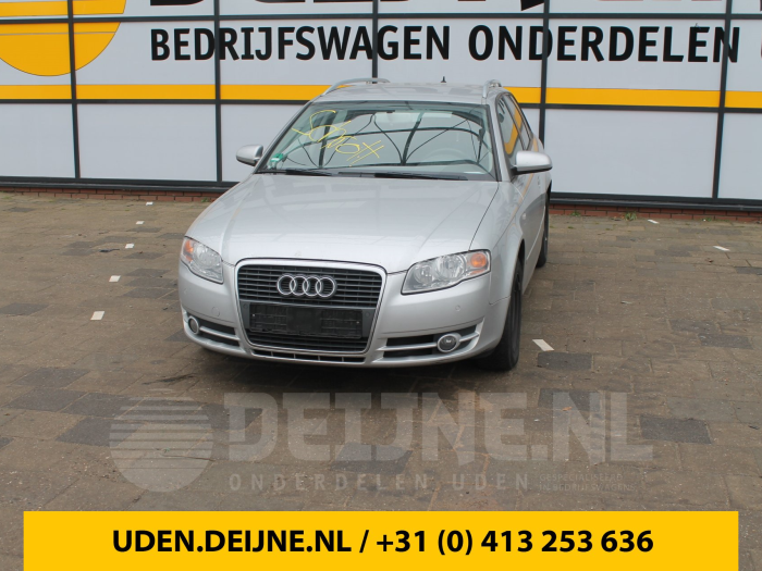 Zijskirt links - Audi A4