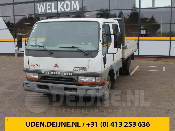 Achteras achterwielaandrijving - Mitsubishi Canter
