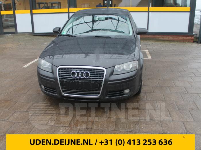 Ruitensproeiertank voor - Audi A3