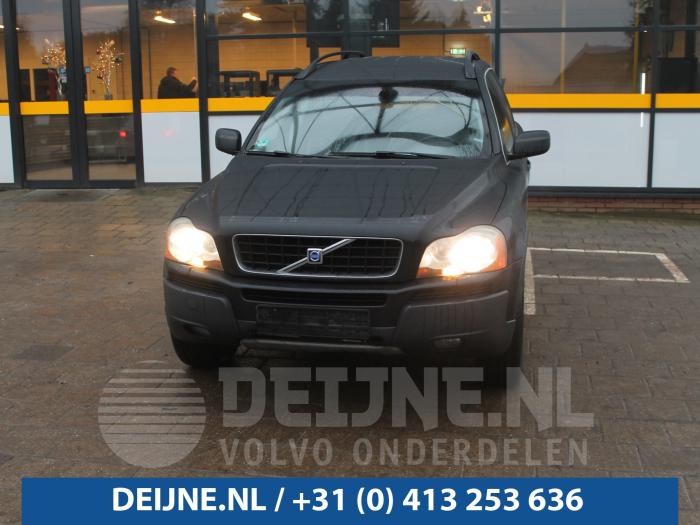 Tussenas - Volvo XC90