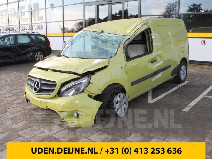 Uitlaatgas smoorklep - Mercedes Citan