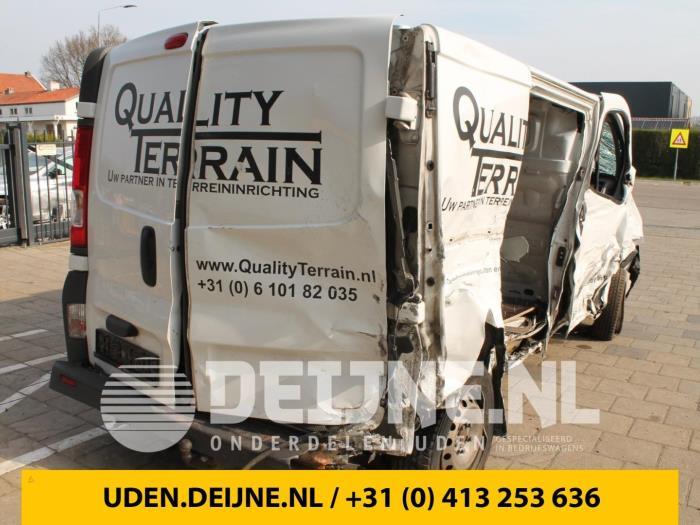 Renault Trafic 01-