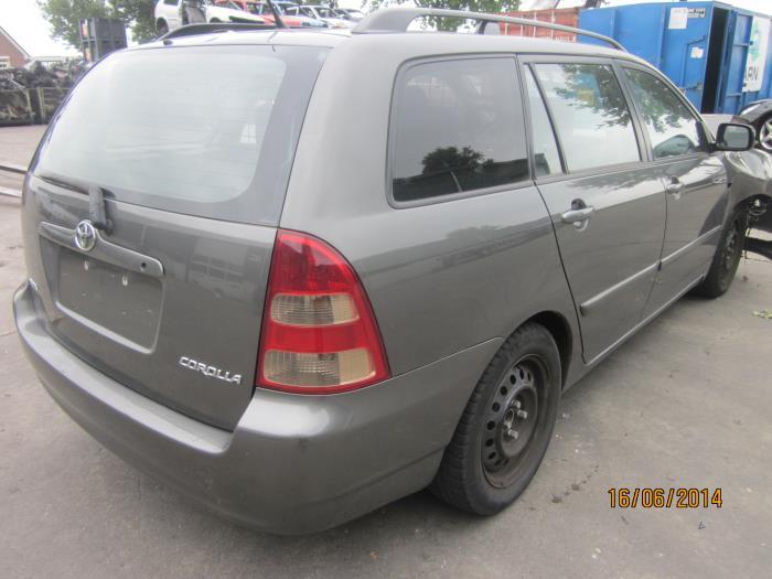 Toyota Corolla Wagon (E12) 1.6 16V VVT-i (klik op de afbeelding voor de volgende foto)  (klik op de afbeelding voor de volgende foto)  (klik op de afbeelding voor de volgende foto)  (klik op de afbeelding voor de volgende foto)  (klik op de afbeelding voor de volgende foto)