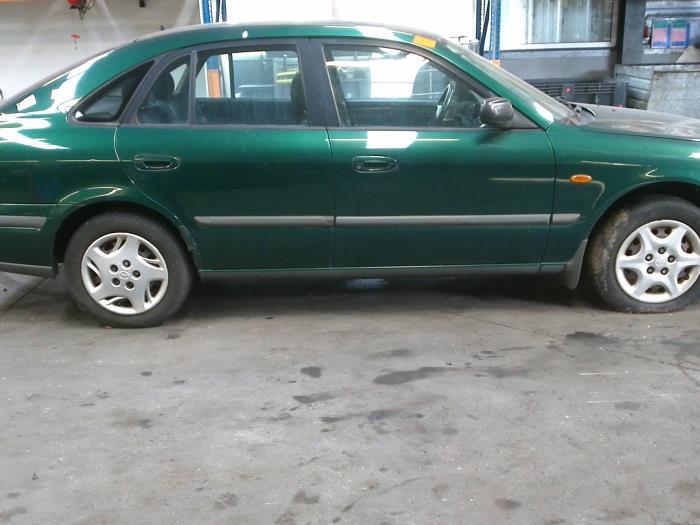 Mazda 626 (GF14) 2.0 DiTD 16V (klik op de afbeelding voor de volgende foto)  (klik op de afbeelding voor de volgende foto)  (klik op de afbeelding voor de volgende foto)  (klik op de afbeelding voor de volgende foto)