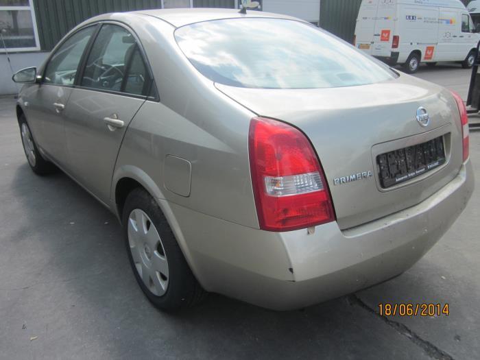 Nissan Primera (P12) 1.6 16V (klik op de afbeelding voor de volgende foto)  (klik op de afbeelding voor de volgende foto)  (klik op de afbeelding voor de volgende foto)