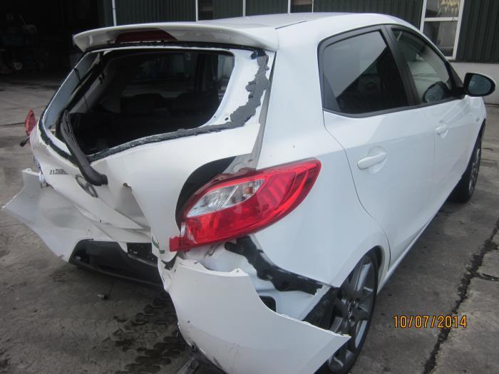 Mazda 2 (DE) 1.3 16V S-VT High Power 2013 Motorrubber (klik op de afbeelding voor de volgende foto)