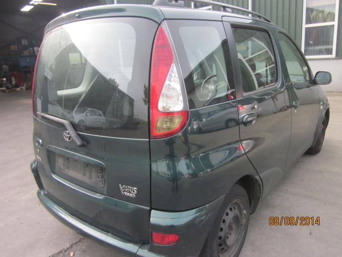 Toyota Yaris Verso (P2) 1.4 D-4D (klik op de afbeelding voor de volgende foto)  (klik op de afbeelding voor de volgende foto)  (klik op de afbeelding voor de volgende foto)  (klik op de afbeelding voor de volgende foto)  (klik op de afbeelding voor de volgende foto)