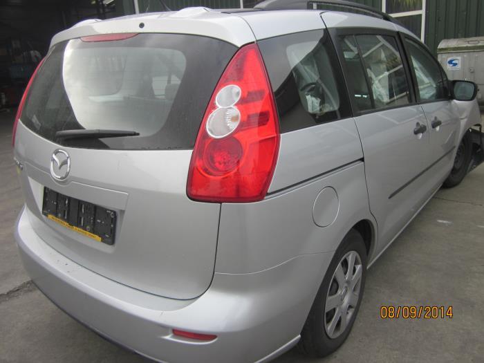 Mazda 5 (CR19) 1.8i 16V (klik op de afbeelding voor de volgende foto)  (klik op de afbeelding voor de volgende foto)  (klik op de afbeelding voor de volgende foto)  (klik op de afbeelding voor de volgende foto)  (klik op de afbeelding voor de volgende foto)