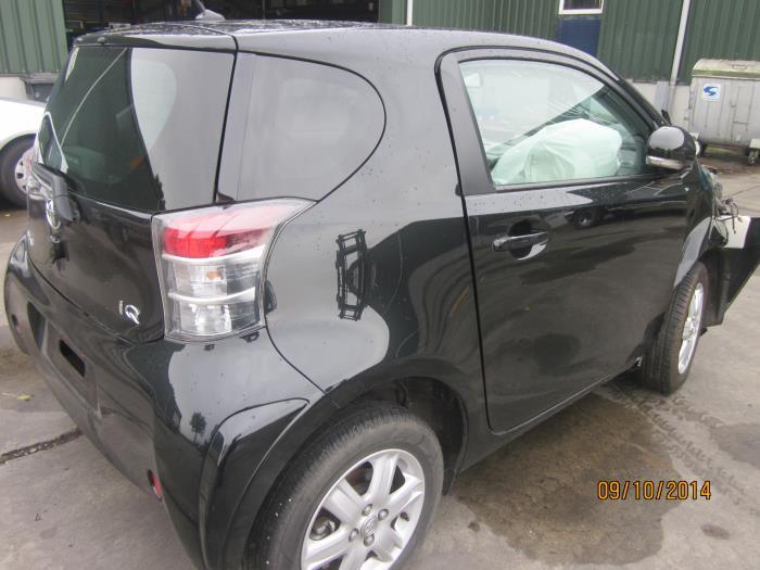 Toyota iQ 1.0 12V VVT-i (klik op de afbeelding voor de volgende foto)  (klik op de afbeelding voor de volgende foto)  (klik op de afbeelding voor de volgende foto)  (klik op de afbeelding voor de volgende foto)  (klik op de afbeelding voor de volgende foto)
