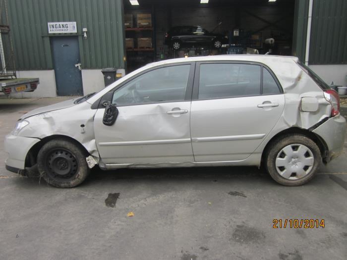 Toyota Corolla (E12) 1.4 D-4D 16V 2007 Gaspedaalpositie Sensor (klik op de afbeelding voor de volgende foto)