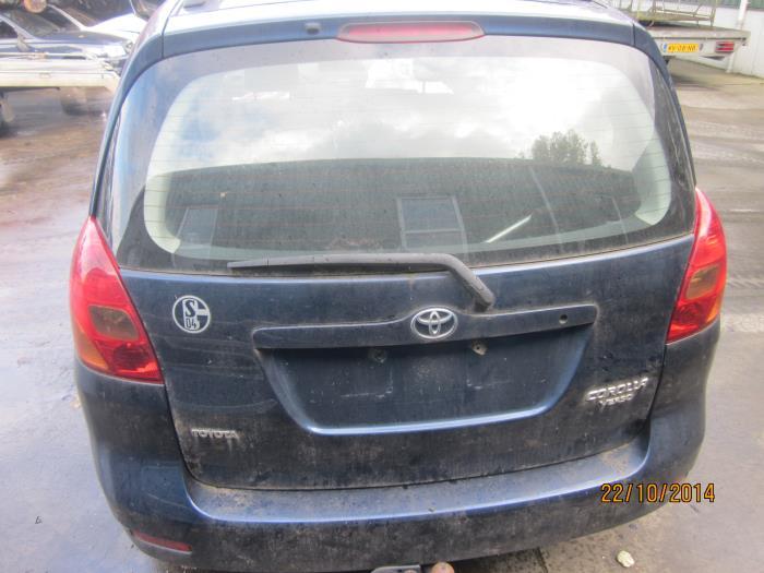 Toyota Corolla Verso (E12) 2.0 D-4D 16V 90 (klik op de afbeelding voor de volgende foto)  (klik op de afbeelding voor de volgende foto)  (klik op de afbeelding voor de volgende foto)  (klik op de afbeelding voor de volgende foto)