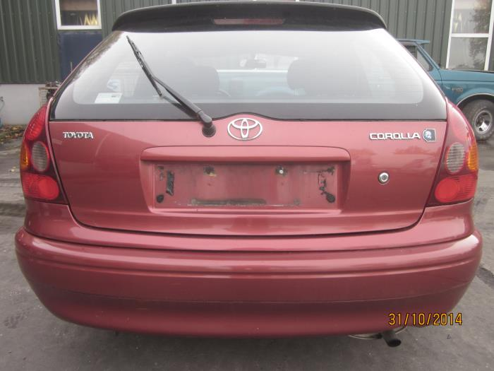 Toyota Corolla (E11) 1.6 16V (klik op de afbeelding voor de volgende foto)  (klik op de afbeelding voor de volgende foto)  (klik op de afbeelding voor de volgende foto)  (klik op de afbeelding voor de volgende foto)