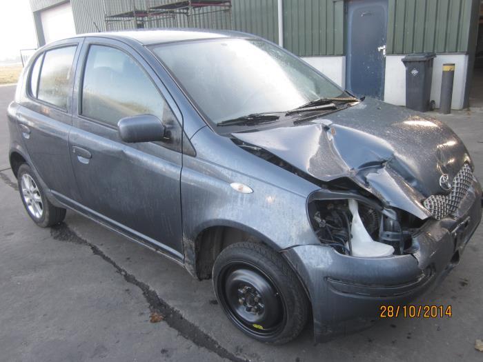 Toyota Yaris (P1) 1.4 D-4D (klik op de afbeelding voor de volgende foto)  (klik op de afbeelding voor de volgende foto)  (klik op de afbeelding voor de volgende foto)  (klik op de afbeelding voor de volgende foto)  (klik op de afbeelding voor de volgende foto)  (klik op de afbeelding voor de volgende foto)