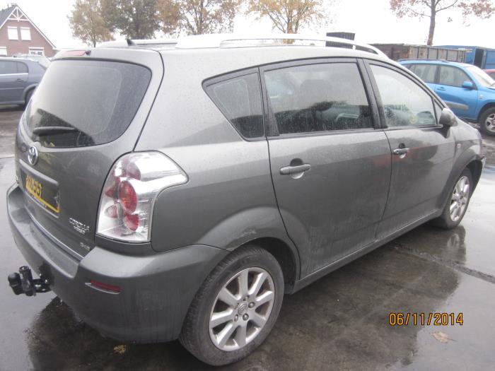 Toyota Corolla Verso (R10/11) 2.2 D-4D 16V (Klicken Sie auf das Bild für das nächste Foto)  (Klicken Sie auf das Bild für das nächste Foto)  (Klicken Sie auf das Bild für das nächste Foto)  (Klicken Sie auf das Bild für das nächste Foto)  (Klicken Sie auf das Bild für das nächste Foto)