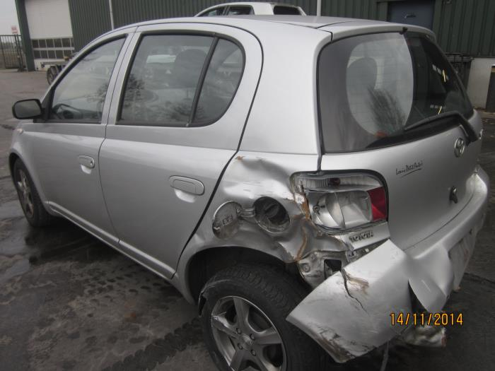 Toyota Yaris (P1) 1.3 16V VVT-i (Klicken Sie auf das Bild für das nächste Foto)  (Klicken Sie auf das Bild für das nächste Foto)  (Klicken Sie auf das Bild für das nächste Foto)