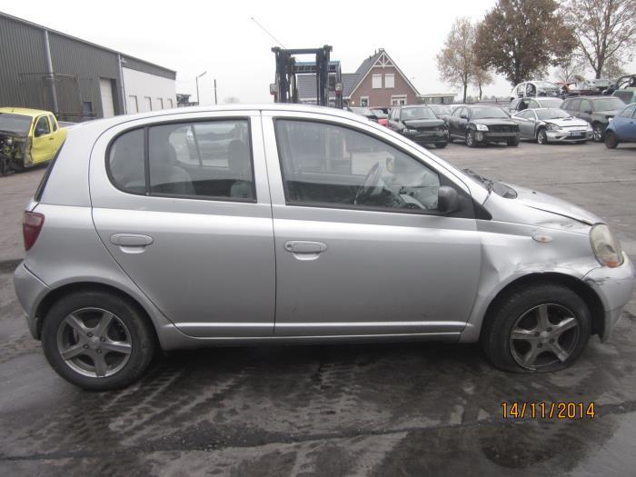 Toyota Yaris (P1) 1.3 16V VVT-i (Klicken Sie auf das Bild für das nächste Foto)  (Klicken Sie auf das Bild für das nächste Foto)  (Klicken Sie auf das Bild für das nächste Foto)  (Klicken Sie auf das Bild für das nächste Foto)  (Klicken Sie auf das Bild für das nächste Foto)  (Klicken Sie auf das Bild für das nächste Foto)