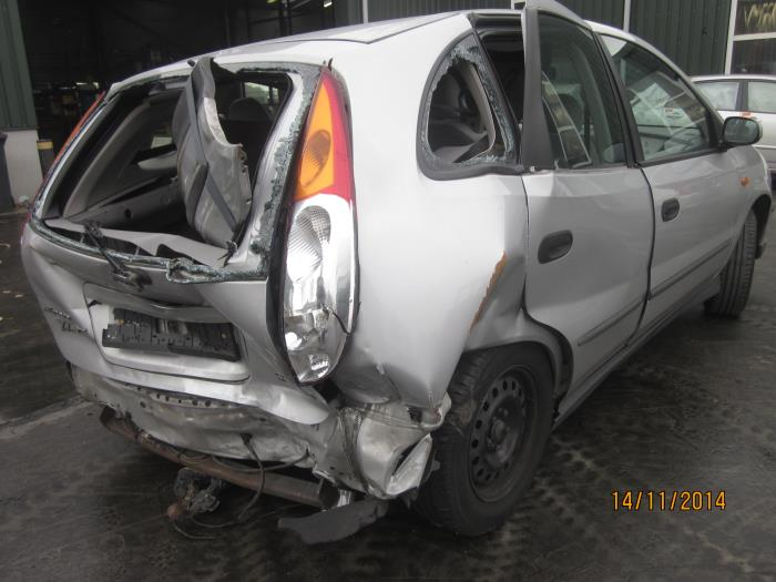 Nissan Almera Tino (V10M) 2.0 16V CVT (klik op de afbeelding voor de volgende foto)  (klik op de afbeelding voor de volgende foto)  (klik op de afbeelding voor de volgende foto)  (klik op de afbeelding voor de volgende foto)  (klik op de afbeelding voor de volgende foto)