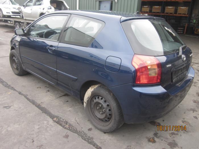 Toyota Corolla (E12) 2.0 D-4D 16V 116 (Klicken Sie auf das Bild für das nächste Foto)  (Klicken Sie auf das Bild für das nächste Foto)  (Klicken Sie auf das Bild für das nächste Foto)
