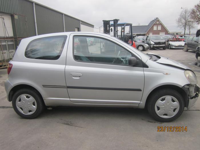 Toyota Yaris (P1) 1.0 16V VVT-i (Klicken Sie auf das Bild für das nächste Foto)  (Klicken Sie auf das Bild für das nächste Foto)  (Klicken Sie auf das Bild für das nächste Foto)  (Klicken Sie auf das Bild für das nächste Foto)  (Klicken Sie auf das Bild für das nächste Foto)  (Klicken Sie auf das Bild für das nächste Foto)