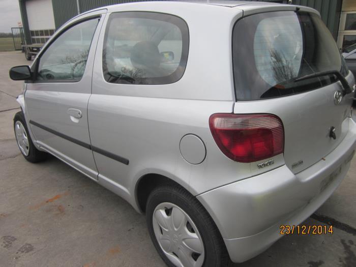 Toyota Yaris (P1) 1.0 16V VVT-i (Klicken Sie auf das Bild für das nächste Foto)  (Klicken Sie auf das Bild für das nächste Foto)  (Klicken Sie auf das Bild für das nächste Foto)