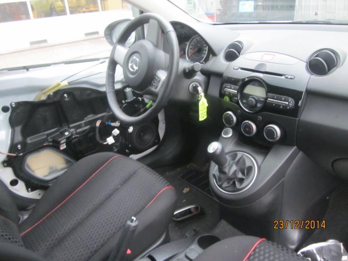 Mazda 2 (DE) 1.3 16V S-VT High Power (klik op de afbeelding voor de volgende foto)  (klik op de afbeelding voor de volgende foto)  (klik op de afbeelding voor de volgende foto)  (klik op de afbeelding voor de volgende foto)  (klik op de afbeelding voor de volgende foto)  (klik op de afbeelding voor de volgende foto)  (klik op de afbeelding voor de volgende foto)  (klik op de afbeelding voor de volgende foto)  (klik op de afbeelding voor de volgende foto)