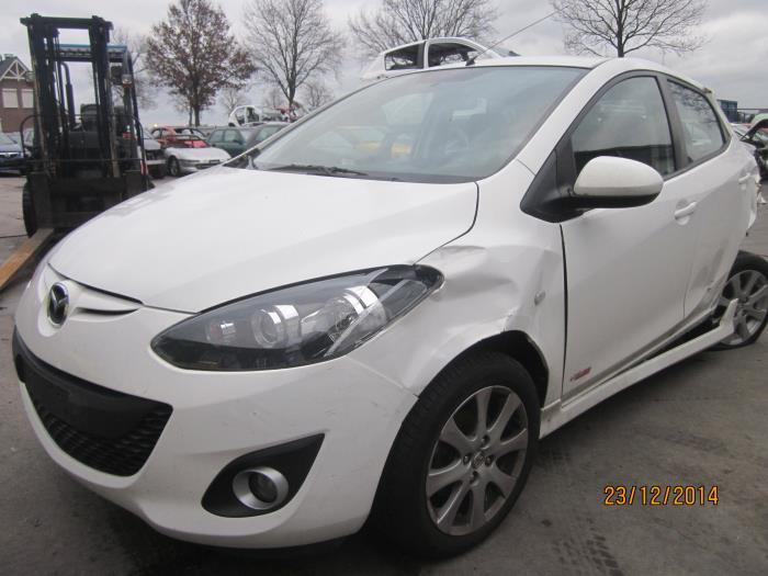 Mazda 2 (DE) 1.3 16V S-VT High Power 2012 Motorrubber (klik op de afbeelding voor de volgende foto)
