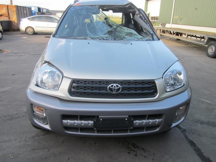 Toyota RAV4 (A2) 1.8 16V VVT-i 4x2 (klik op de afbeelding voor de volgende foto)  (klik op de afbeelding voor de volgende foto)  (klik op de afbeelding voor de volgende foto)  (klik op de afbeelding voor de volgende foto)  (klik op de afbeelding voor de volgende foto)  (klik op de afbeelding voor de volgende foto)  (klik op de afbeelding voor de volgende foto)  (klik op de afbeelding voor de volgende foto)