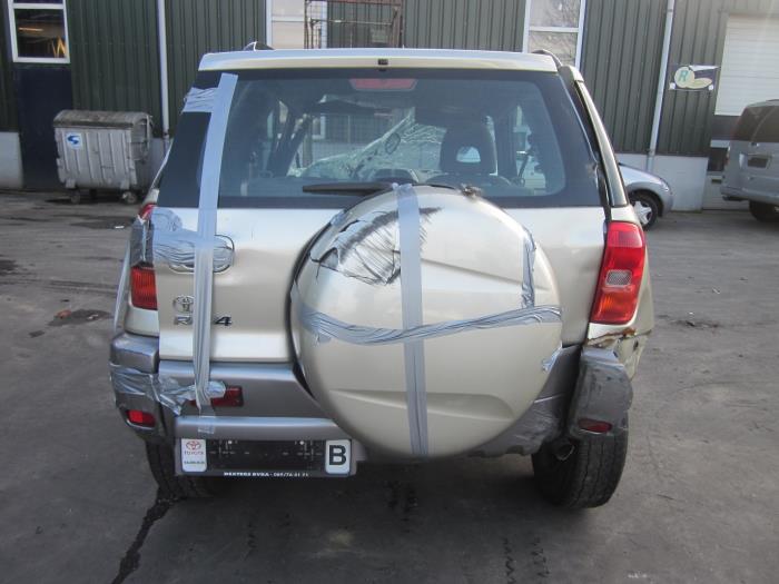 Toyota RAV4 (A2) 1.8 16V VVT-i 4x2 (Klicken Sie auf das Bild für das nächste Foto)  (Klicken Sie auf das Bild für das nächste Foto)  (Klicken Sie auf das Bild für das nächste Foto)  (Klicken Sie auf das Bild für das nächste Foto)