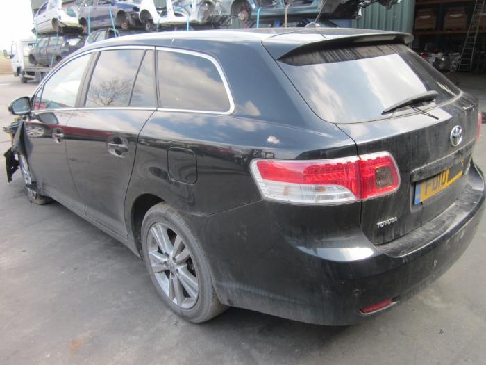 Toyota Avensis Wagon (T27) 2.0 16V D-4D-F (klik op de afbeelding voor de volgende foto)  (klik op de afbeelding voor de volgende foto)  (klik op de afbeelding voor de volgende foto)