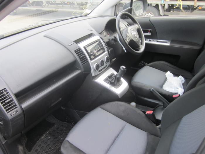 Mazda 5 (CR19) 2.0 CiDT 16V Normal Power (Klicken Sie auf das Bild für das nächste Foto)  (Klicken Sie auf das Bild für das nächste Foto)  (Klicken Sie auf das Bild für das nächste Foto)  (Klicken Sie auf das Bild für das nächste Foto)  (Klicken Sie auf das Bild für das nächste Foto)  (Klicken Sie auf das Bild für das nächste Foto)  (Klicken Sie auf das Bild für das nächste Foto)  (Klicken Sie auf das Bild für das nächste Foto)  (Klicken Sie auf das Bild für das nächste Foto)