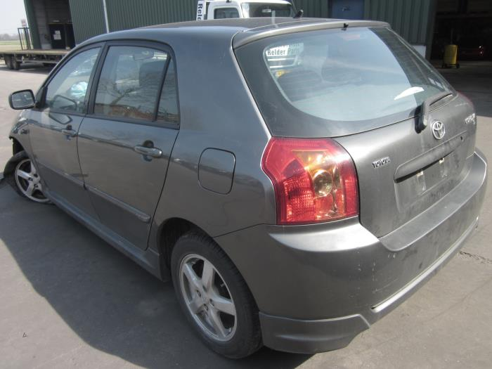 Toyota Corolla (E12) 1.6 16V VVT-i (Klicken Sie auf das Bild für das nächste Foto)  (Klicken Sie auf das Bild für das nächste Foto)  (Klicken Sie auf das Bild für das nächste Foto)