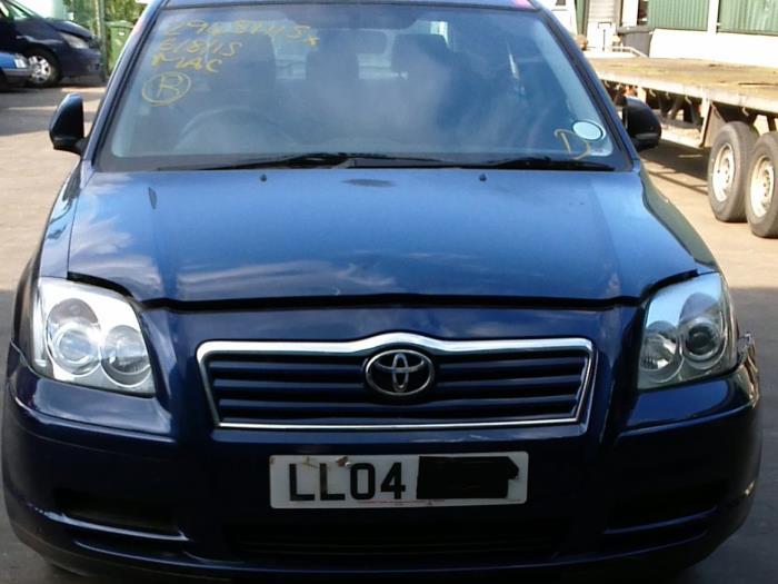 Toyota Avensis (T25/B1D) 1.8 16V VVT-i 2004 Vacuum ventiel (klik op de afbeelding voor de volgende foto)
