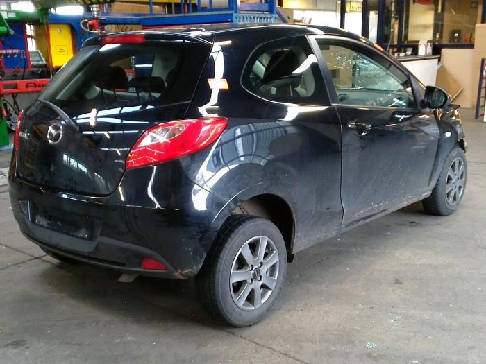 Mazda 2 (DE) 1.4 CDVi 16V (klik op de afbeelding voor de volgende foto)  (klik op de afbeelding voor de volgende foto)  (klik op de afbeelding voor de volgende foto)  (klik op de afbeelding voor de volgende foto)